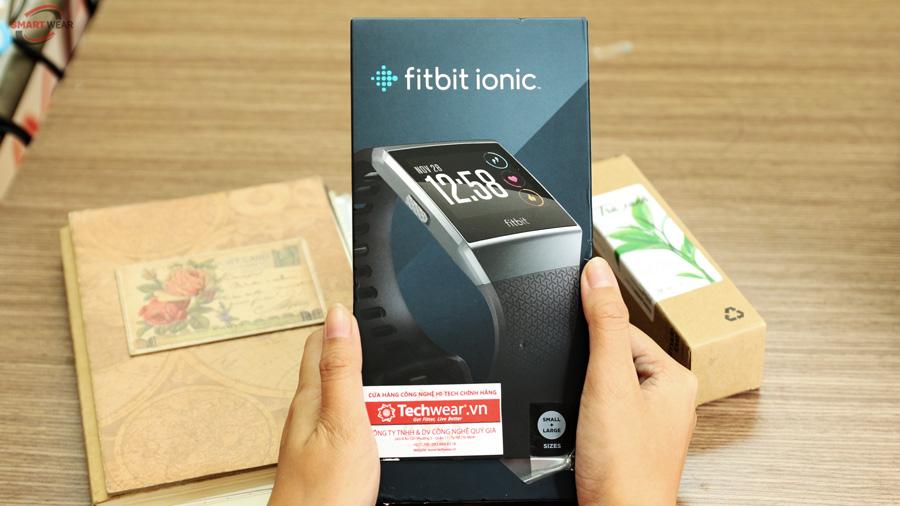 vỏ hộp đựng fitbit ionic
